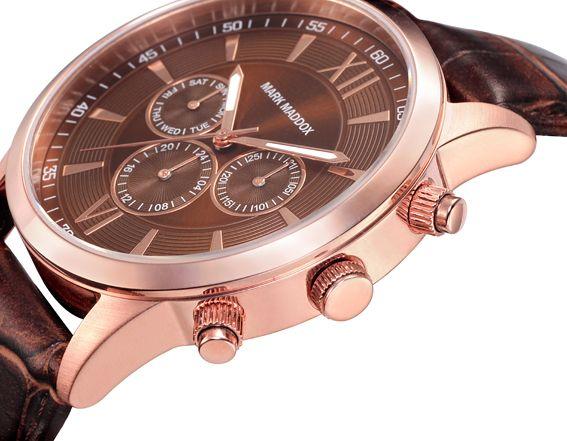 Lo clásico jamás pasa de moda y como prueba este grandioso reloj multifunción con correa y esfera marrón. Bisel Ip Rosa. Cierre de hebilla. Cristal mineral. Impermeable 30m (3ATM).