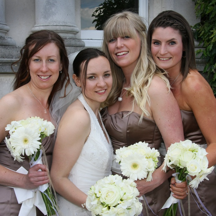 Bride with bridesmaids www.davidblackshaw.com