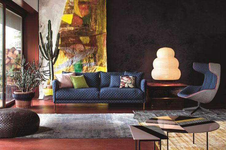 """Granatowa sofa """"Gentry"""", proj. Patricia Urquiola dla Morosa"""