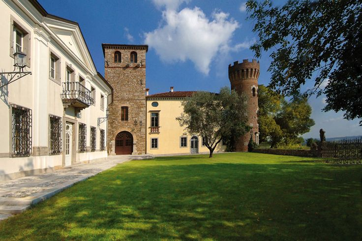 #relais #castle #friuli #italy Castello di Buttrio