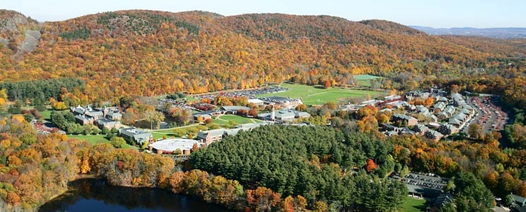Quinnipiac University in Autumn. I went there! Class of '09, woo!