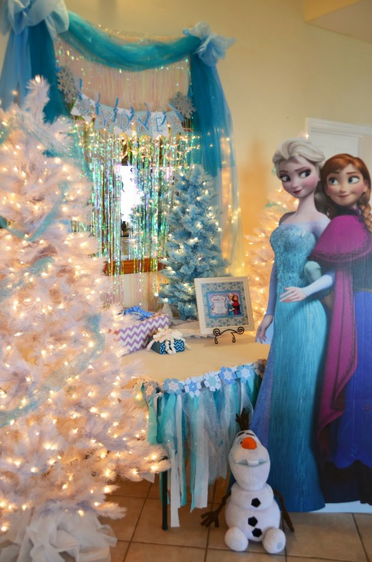 13 Best Fabrics For Frozen Trunk Or Treat Decor Images On