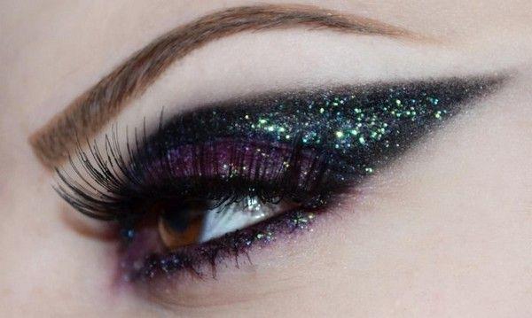 Glamorize Glitter Eyes Makeup.