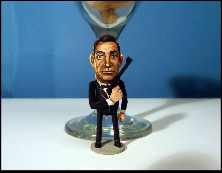 ArachidiStar | 007 James Bond | Steve Casino