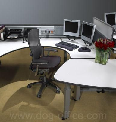 Currents height-adjustable desks Currents height-adjustable desks with screens and Life Chair Tags / Keywords: Currents height-adjustable desks screens office systems Life chair ergonomic seating fence Media ID: 1823
