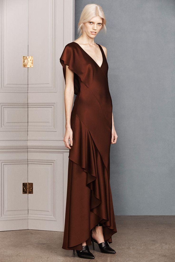 Jason Wu Pre-Fall 2014 Fashion Show - Devon Windsor.  I like the effect of the draping.
