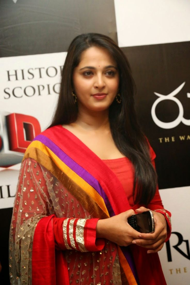 Anushka Shetty Latest Photos At Rudrama Devi 3D Trailer Launch - Anushka Shetty
