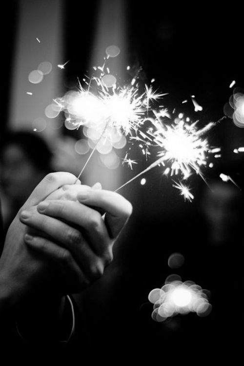Awe super cute! I'd so love to slow dance with someone with sparklers to bring in the new year.