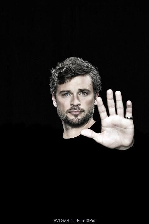 Tom Welling - look at him, all salt and pepper now, scruffy beard.....all grown up and everything. No more Clark Kent.