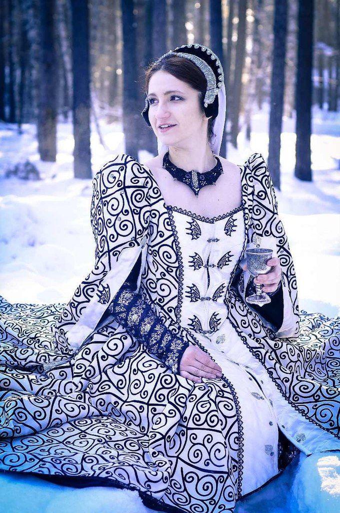 Targarien dress