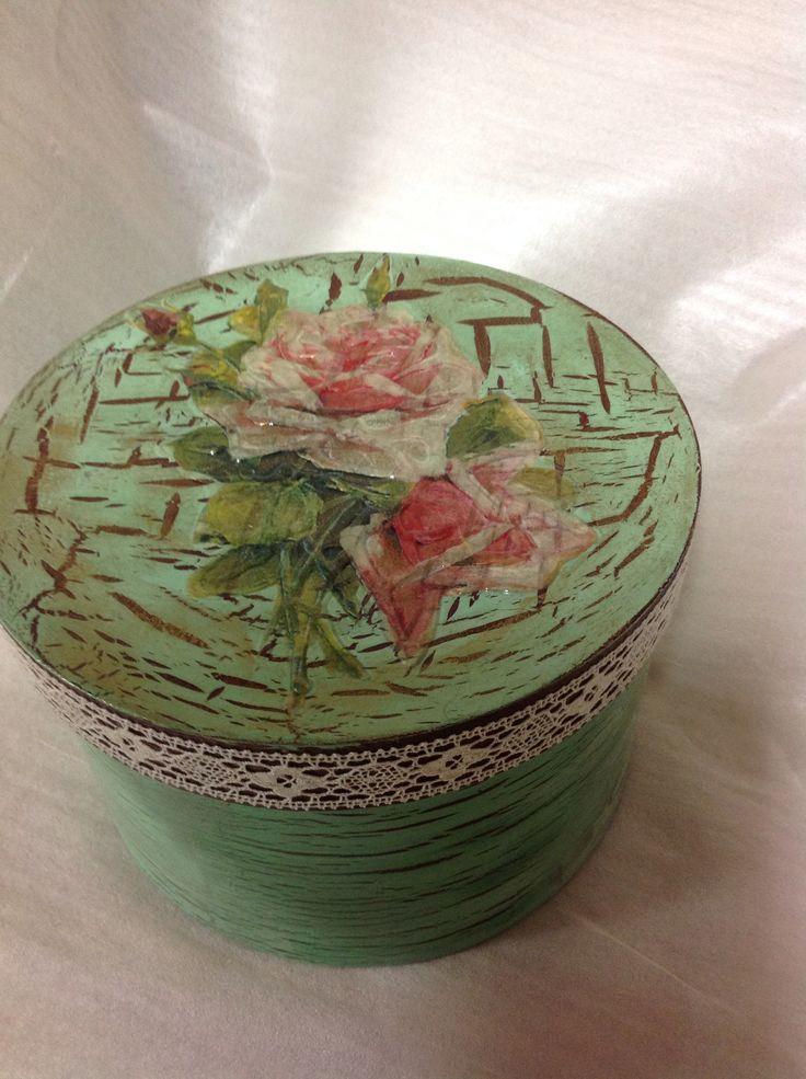 Decoupage κρακελε ακρυλικά χρώματα δαντελα