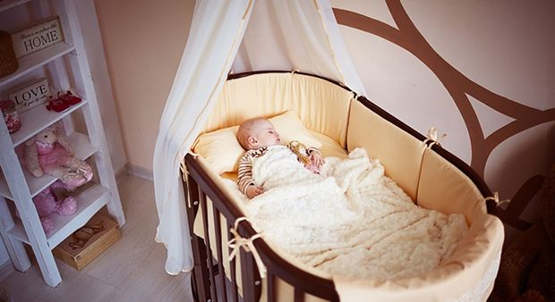 Second transformation of a bed-transformer, the bed. This crib is designed for children from 6 months to 4 years. Due to the lack of sharp corners you can not worry for the child, he never imagined anything will not hurt. #cot #transformer#ovalbed #  http://ellipsefurniture.ru/