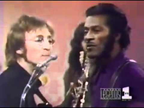 ▶ John Lennon and Chuck Berry Memphis Tennessee. - YouTube