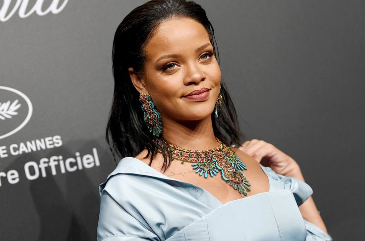 Chris Brown Still 'Keeps Tabs' On Rihanna & Who She's Dating 4 Years After Split #ChrisBrown, #Rihanna celebrityinsider.org #celebritynews #Lifestyle #celebrityinsider #celebrities #celebrity