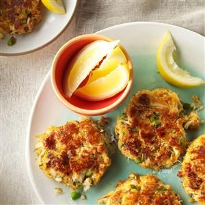 Classic Crab Cakes Recipe - I think I can substitute GF bread or GF panko for the soft bread crumbs. If using panko, might need additional moisture.