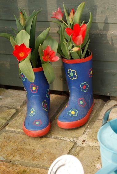 Garden Craft for Kids: Rain Boot Bulbs