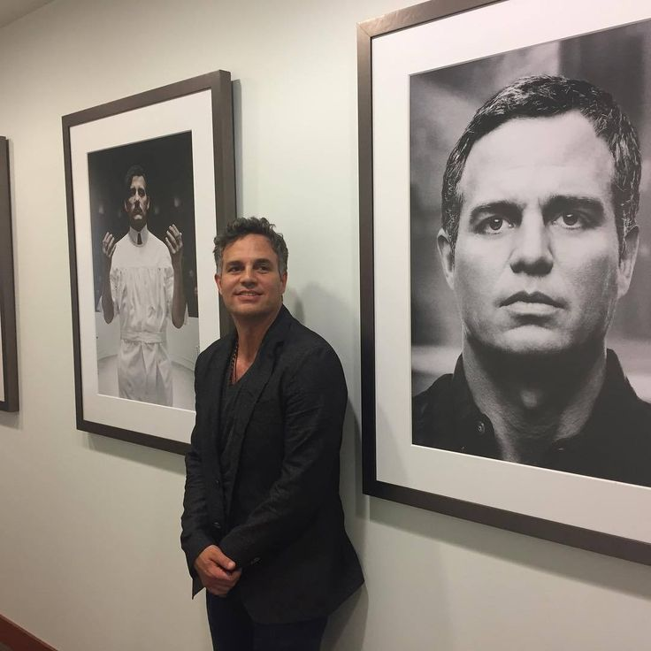 """markruffalo: """"Hanging out at HBO pitching Wally Lamb's """"I Know This Much Is True"""". With Derek Cianfrance and FilmNation Entertainment. Thanks for the meeting and thanks for honoring Larry Kramer in..."""