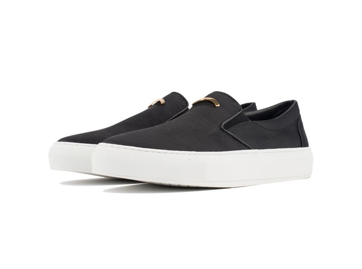 Slip On 01 Satin Black