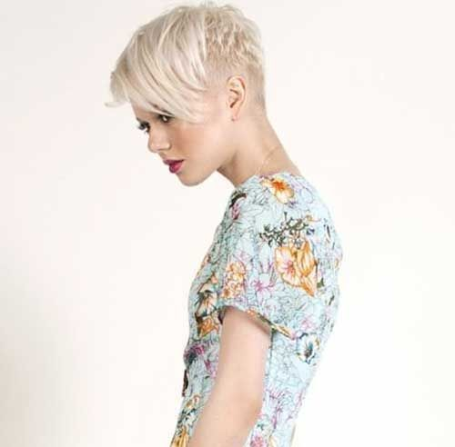 19.Pixie Hairstyle for Women