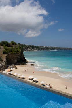 Dreamland Beach - Bali >> Looks like it lives up to its name.