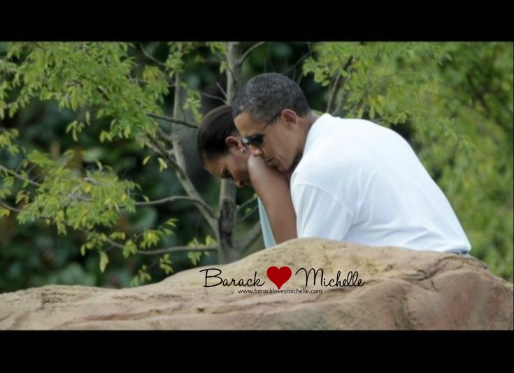 They love the hell out of one another. <3: Presidents Obama, Lady Michele, Barack And Michele Pda, Miniatures Golf, U.S. Presidents, 1St Families, Golf Games, First Lady, Barack Obama