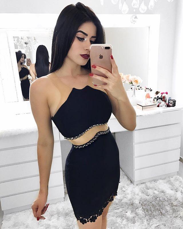 WEBSTA @ vanessaborellii - @credencialx ---#baglover #hairstyle #fashionbag #clutch #macaquinho #chic #trendy #musthave #cropped #saia #tshirtoftheday #vestidolindo #comfort #cabelosdivos #mididress #casaco #comfy  #fashionwear #womensfashion