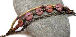 Il colore rosa / arancio / braccialetto scheda d'oro è stato un esperimento in Faux Raku.