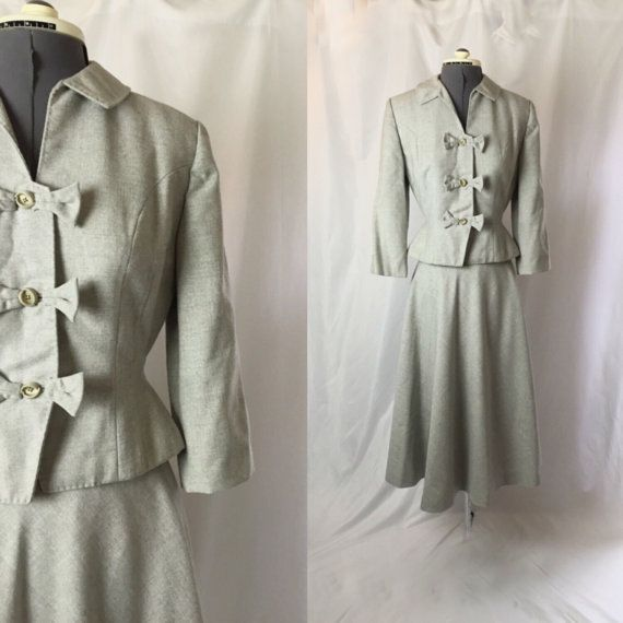 Xs ** 1940s LIGHT GRAY wool skirt suit ** vintage forties Marian Ross designer suit