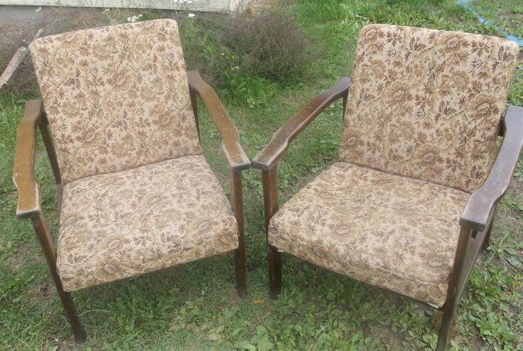 komplet foteli PRL  tel: 501198681 Proponuję renowację:wybór materiału,koloru drewna ,przesyłka kurier.