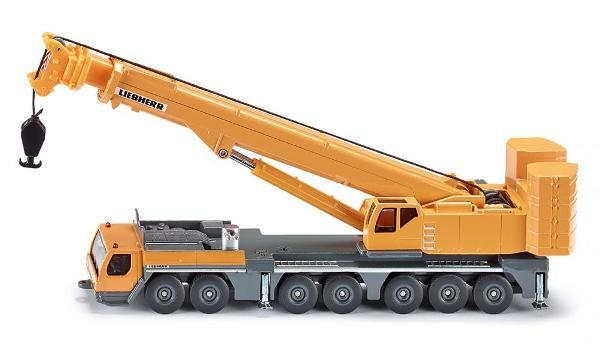 Jual beli LIEBHERR LTM 1400-7.1 Diecast SIKU di Lapak Rijal Bakule - rijal6683. Menjual Diecast - LIEBHERR LTM 1400-7.1 Diecast SIKU The seven-axle LTM 1400-7.1 mobile crane is one of the most compact representatives of its class and extraordinarily manoeuvrable thanks to its active rear-axle steering.  The ballast radius can be significantly reduced for use n constricted areas by moving the counterweight.  Dimensi : 97x260x96 milimeter Skala   : 1/87