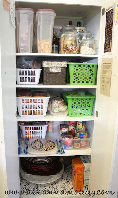Best 25+ Deep pantry organization ideas on Pinterest | Kitchen ...