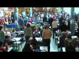 Flash Mob Surprises Everyone Singing Hallelujah - Christian News CafeChristian News Cafe