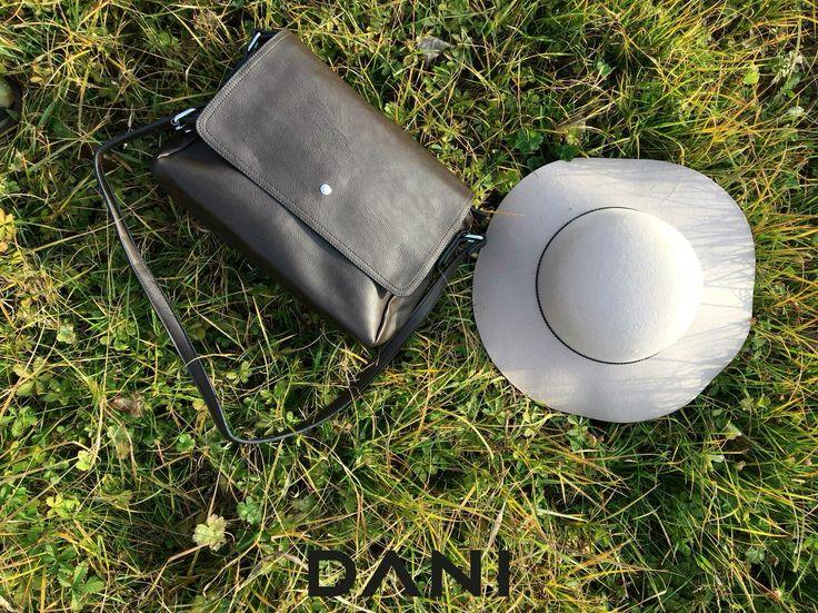 Accessori #DANI  #Winter #selection #must #hat #postina