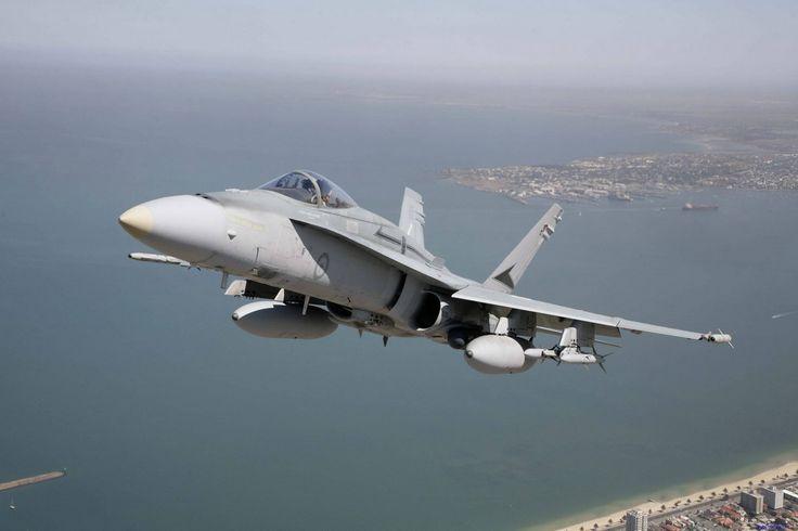 ipad skrivbordsunderlägg - Fighters: http://wallpapic.se/luftfart/fighters/wallpaper-24463
