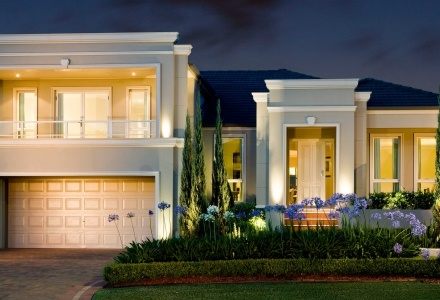 Clarendon Display Homes: Leura Milan Facade. Visit www.localbuilders.com.au/display_homes_nsw.htm for all display homes in New South Wales