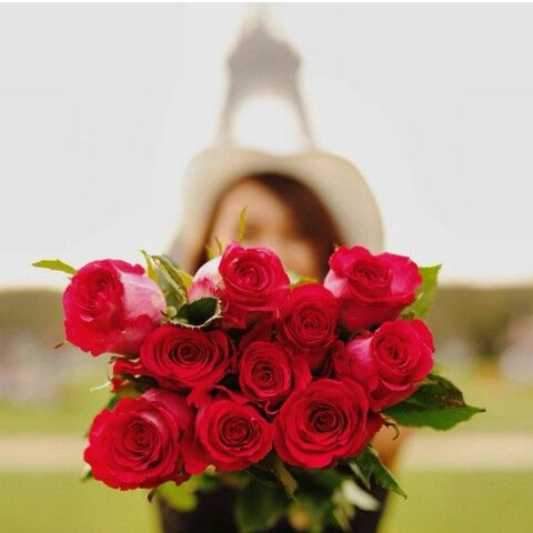 Roses with Eiffel Tower♥♡♥