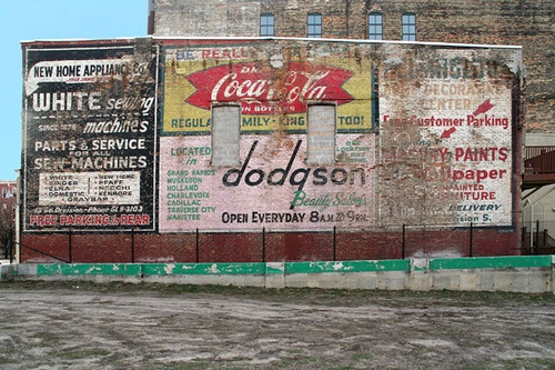 Ads on the corner of Fulton & Division...these were visible between the time a parking structure was torn down and the UICA was constructed - January 15, 2006