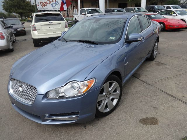 2009 Jaguar XF - Top 10 Luxury Cars Under $30,000