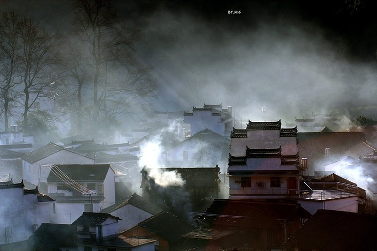 Wuyuan County is located in the northeast of Jiangxi Province