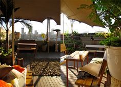 50 Fun Things To Do In Johannesburg For Under R200, Your 2016 Guide||The living room, johannesburg