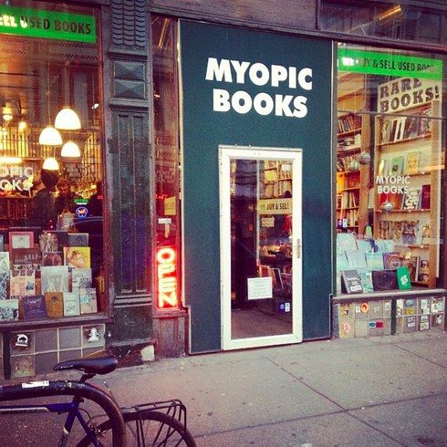 23 Hidden Gems You Must Visit In Chicago-bookstores, libraries, parks, the Pedway, food, food and more food.