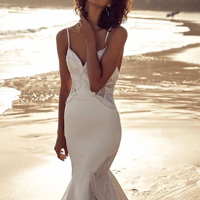 • THE NORA GOWN • UNTAMED PARADISE • Introducing the @chosenbyoneday SS18 Campaign • View the full collection online • @emilyabay_photographer @rae.rodri @monicagingold_beauty @moonandbackco @k.y.h.a @onedaybridal @stephanie_onedaybridal @krystleknightjewellery @munro_and_sons •