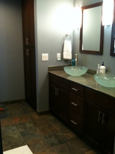 used bathroom cabinets 17 best images about bathroom vanity cabinets on 27776