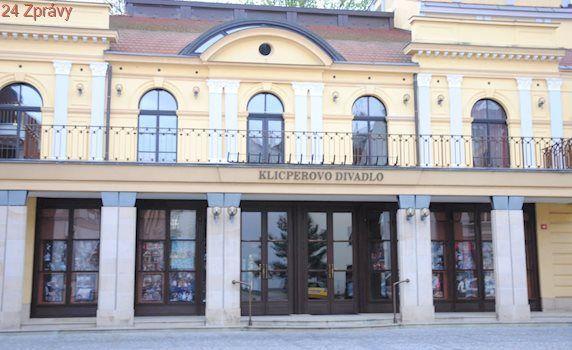 Pohádka, vraždy i Dostojevskij. Klicperovo divadlo představuje plán na příští sezónu