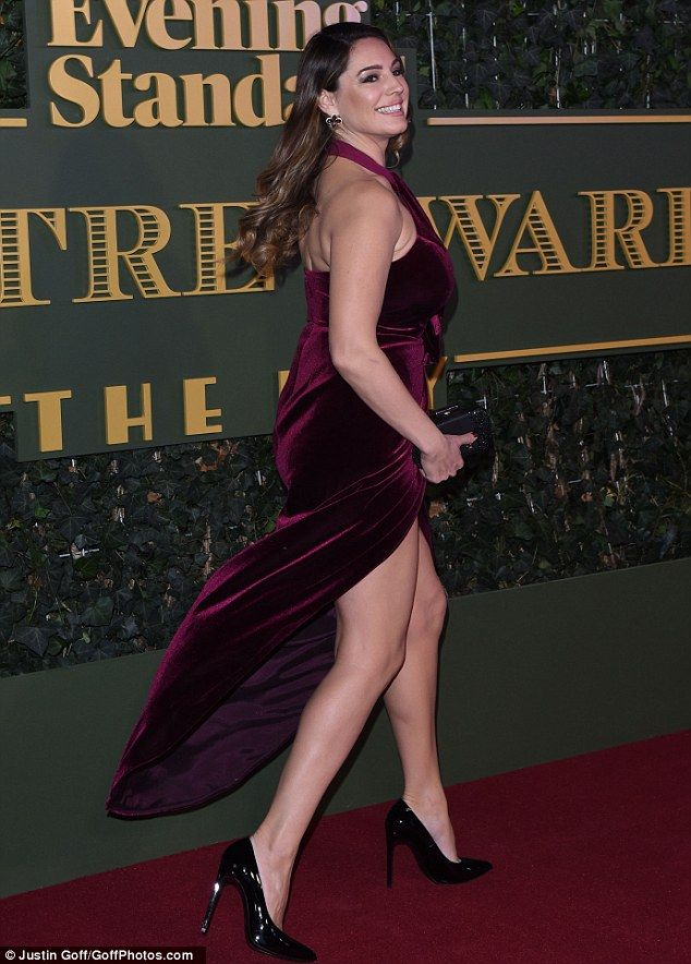 How convenient! A gust of wind gave the wannabe actress the chance to show off her underwe...