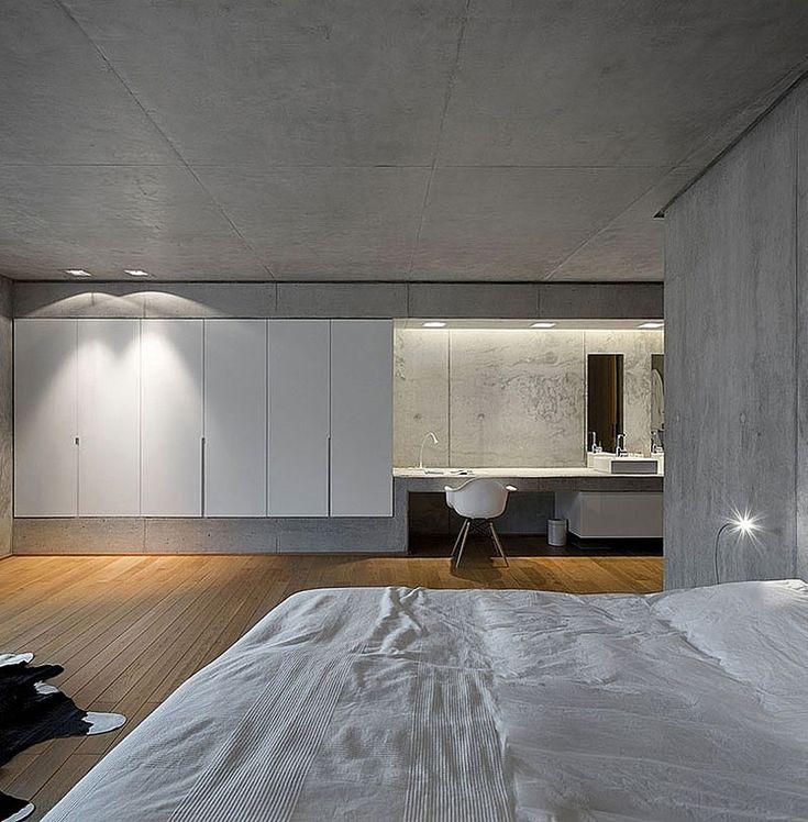 Bedroom inside the RAINHA House by Bruno Erpicum.