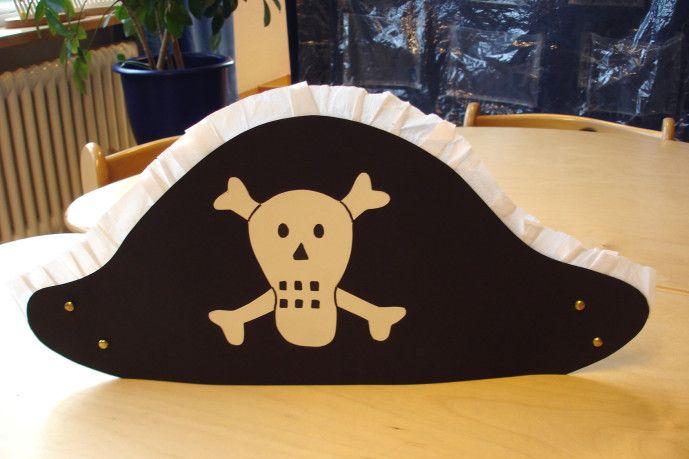 Piratenhut basteln - Kinderspiele-Welt.de