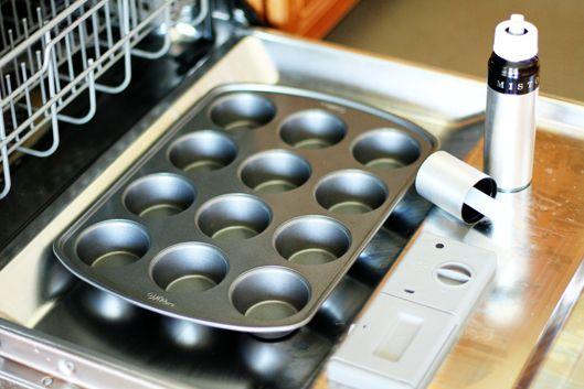 No Mess Cooking Spray Tip | unsophisticook.com