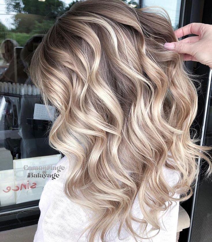 Mittellange blonde haare