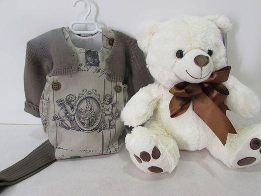 Pelele angelotes de Mariona mercería combinado con chaqueta y leotardos de cóndor (talla 3 meses)